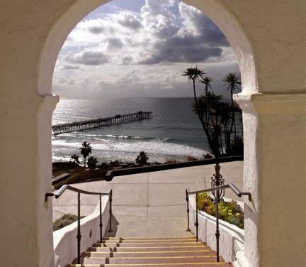 Live Virtually at Casa Romantica